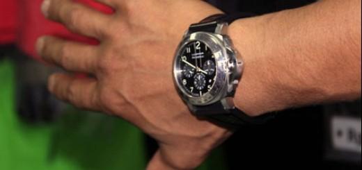 memakai jam tangan sesuai sunnah