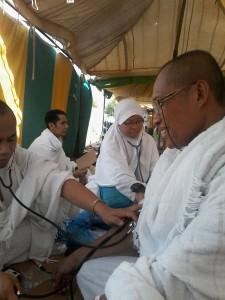 periksa kesehatan ketika wukuf KBIH Rindu Ka'bah